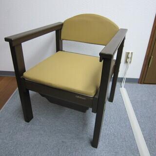 【未使用品】 ポータブルトイレ コンビ製