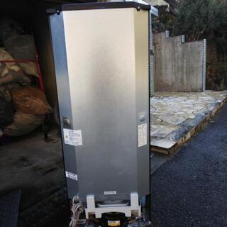 超美品 三菱 146L「ラウンドカットデザイン」静音設計 耐熱約100℃トップテーブル 冷蔵庫【MR-P15D-B】2018年製品           - 売ります・あげます