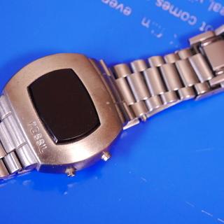 腕時計 FOSSIL ビンテージ デジタル時計