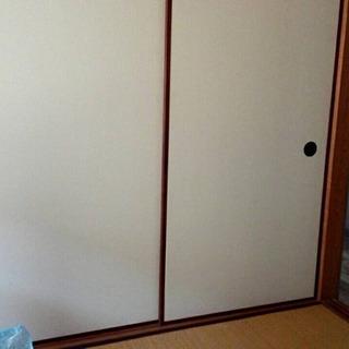 ふすまの扉