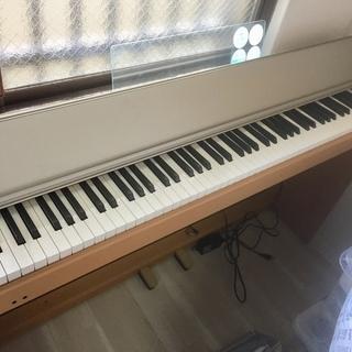電子ピアノ Roland F-100