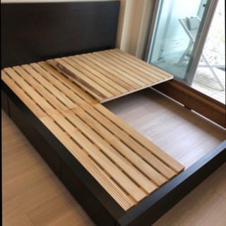【急ぎ】クイーンサイズ ベッド枠