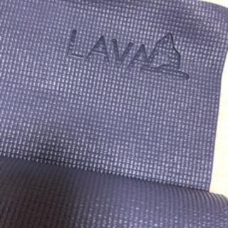 【多様に使える】LAVAヨガマット(ネイビー)