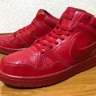 NIKE COURT FORCE 赤
