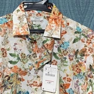 Unisex Zara flower 🌺 shirt size S