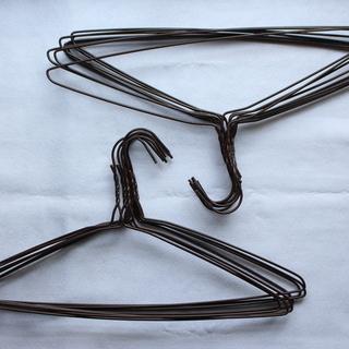針金製ハンガー(同一種類15本)