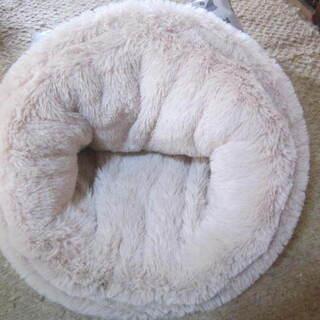 差し上げます。猫ちゃんのベッド