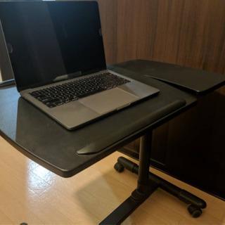 ノートパソコン用デスク 角度調節機能付き