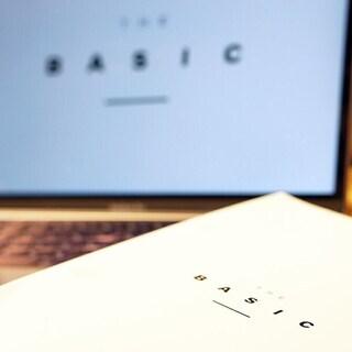 【5/11~】【スタジオ開催】佐久間涼子「THE BASIC ザ・ベーシック」基礎トレーニング実践プログラム(全6回) - スポーツ