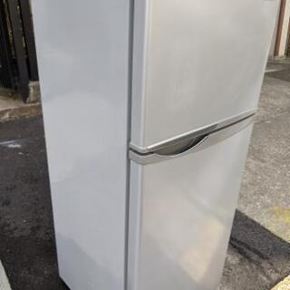冷蔵庫①(名古屋市近郊配達設置無料)