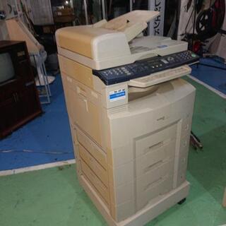 コピー機WORKiO 1820