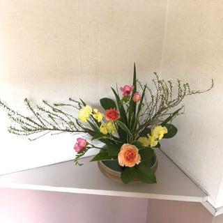 季節のお花を使った生け花(小原流)レッスン*1回からOK