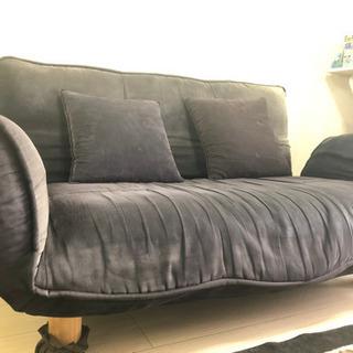 【決まりました!】色あせたソファーですが差し上げます!