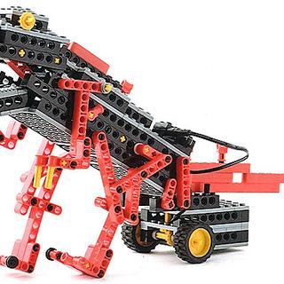 いろいろなロボットを作りながら、プログラミングも楽しく学習してみ...