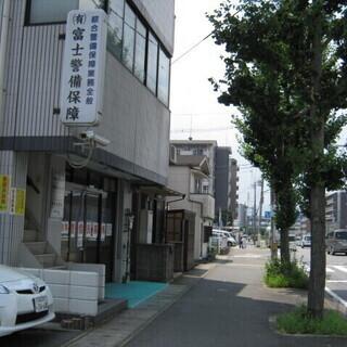 夜勤 警備員¥10,625 レア求人