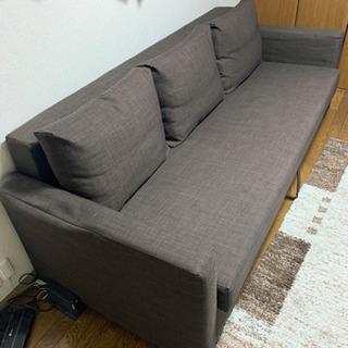 ソファーベッド、デスク、チェアー