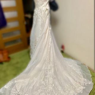ウェディングドレス(ホワイト)