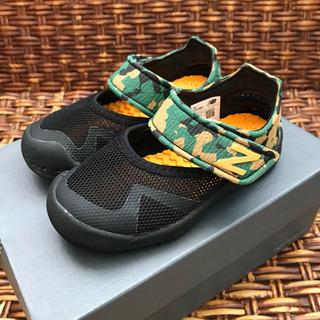 【美品】ニューバランス キッズサンダル 水陸両用 14.5cm 子供靴
