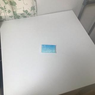 白い 四角い テーブル 椅子 セット 組み立て 取りに来てくださる方にお譲りしますの画像