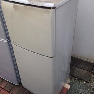 2ドア冷蔵庫 冷えません。ジャンク品