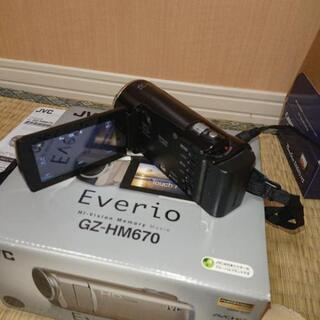 【取引終了】エブリオ ビデオカメラ GZ-HM670T
