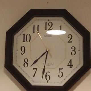 壁掛け 電波時計
