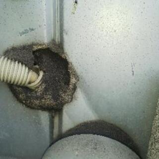 エアコンの配管穴と断熱パイプの補修