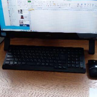 富士通 デスクトップパソコン 画面キレイ オフィス付