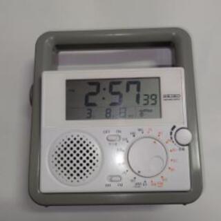 値下げ中古SEIKO 多機能防災ラジオ(SQ692W) お譲り致します
