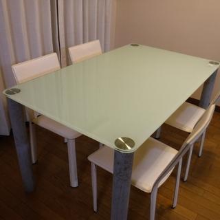 ガラス・ダイニングテーブルセット・椅子4脚の5点セット