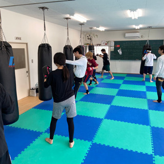 初心者専門!キックボクシング・ムエタイ教室 - 教室・スクール