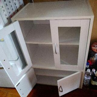 テレビボード、テーブル、食器棚三点セット!商談中‼️