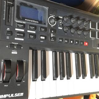 NOVATION IMPULSE 25 MIDIコントローラー