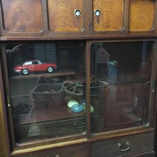 古い茶棚 違い棚付ガラス戸棚 箪笥 置き水屋 収納棚