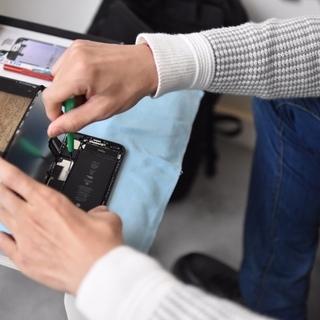 【豊島区】iPhone修理・出張でお伺いして30分で直します!