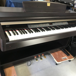 お薦め品‼️ヤマハ電子ピアノCLP-240 2007年