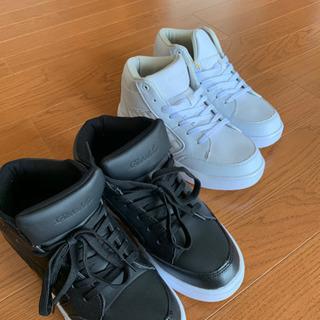 スニーカー靴