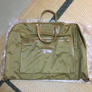 新品 スーツケース スーツカバー 専用のハンガー付き