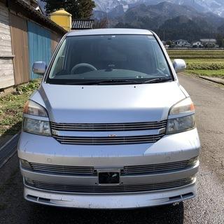 人気のトヨタ・ヴォクシー!!