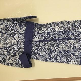 5分袖ワンピース ブルー 花柄