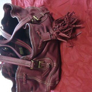 ピエールカルダン 赤いハンドバッグ
