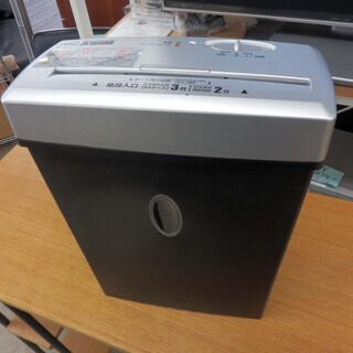 シュレッダー 容量10L サイズ対応 紙類同時3枚 マイクロカッ...