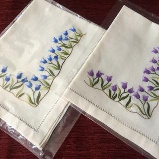 【刺繍ランチマット】2枚組  かわいい❣ 新品未開封