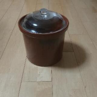 陶器の漬物容器