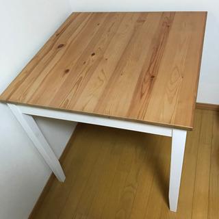 2人用テーブル(お話中)