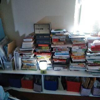 本棚 まだまだお使いになれる方に差し上げます。