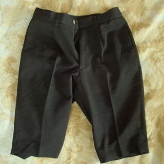 男児半ズボン黒130cm