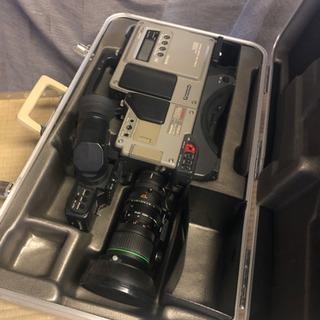 業務用ビデオカメラ Panasonic F-250 (カメラ部型番)