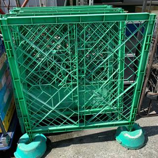 ☆中古品 工事現場のプラスチックフェンス10枚 コンクリート重り付き☆