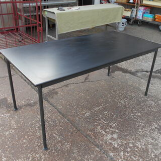 黒天板 4つ足会議テーブル ミーティングテーブル『中古良品』複数...